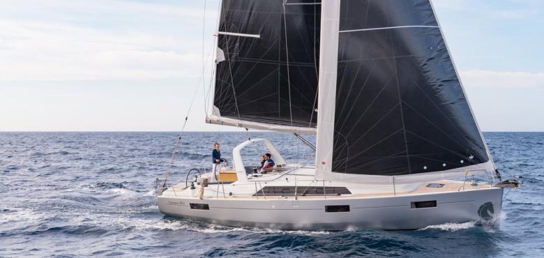 博纳多遨享仕46.1于2018悉尼国际船展全球首发